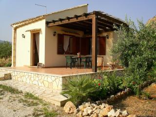 Villa Chiara (Scopello)  a pochi metri dal mare - Scopello vacation rentals