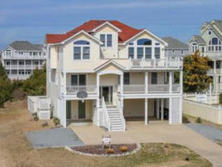 7 bedroom House with Private Outdoor Pool in Avon - Avon vacation rentals