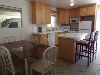 4 Bedroom and 3 Bathroom entire apt. - Los Angeles vacation rentals