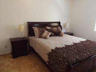 5 Bedroom + 4 Bathroom Apartment in Sherman Oaks - Los Angeles vacation rentals