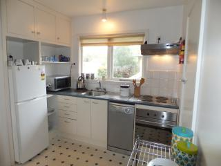 Perfect 2 bedroom Condo in Christchurch - Christchurch vacation rentals