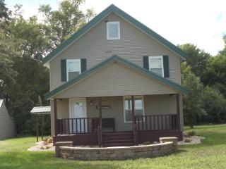 Dakota Line Lodge LLC - Rosholt vacation rentals