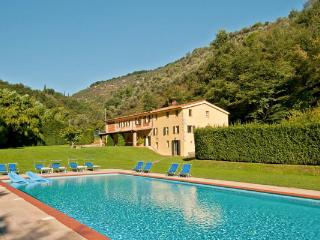 Large farmhouse on the same estate as La Damigella- close to Versilia resort. SAL ALI - Lucca vacation rentals