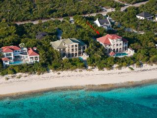 This waterfront manor- house, in Turtle Cove, has a large private swimming pool and is merely steps away from Grace Bay Beach. T - Leeward vacation rentals