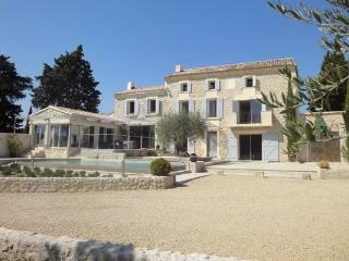 None YNF ESP - Les Baux vacation rentals