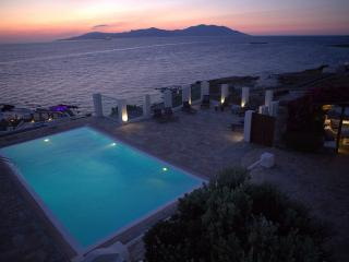 Ifis House with amazing sunset views - Mykonos vacation rentals