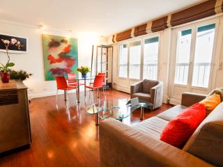 Great Parisian Vacation Rental in Marais/ Bastille - Paris vacation rentals
