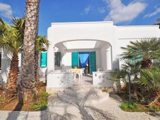 Villetta in Residence Vistamare - Torre Suda vacation rentals