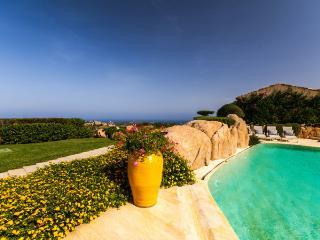 Perfect 7 bedroom Villa in Liscia di Vacca - Liscia di Vacca vacation rentals