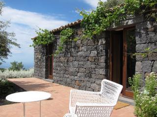 Sciaraviva Cottage, Mount Etna - Ragalna vacation rentals