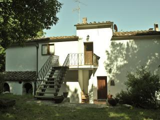 Agriturismo Montevaso. Casa Bianca 2 - Pisa vacation rentals