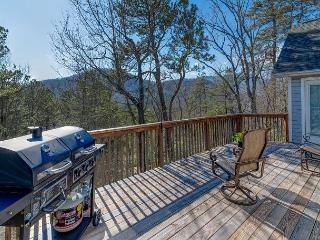 Laurel Hill on Lynx - Mountain Views and Close Access to Golf Course - Black Mountain vacation rentals