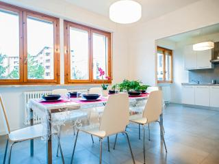 Perfect Condo with Central Heating and Parking in Pisa - Pisa vacation rentals