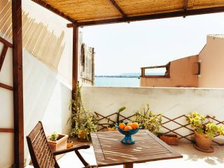 Charming apartment with terrace and sea view - Syracuse vacation rentals