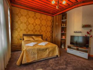 Pashas House Istanbul No:1 Cozy Apart in Sultanahm - Istanbul vacation rentals