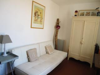 1 bedroom Apartment with Dishwasher in Le Barcares - Le Barcares vacation rentals