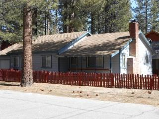 3066F-Affordable family cabin a few blocks to Lake Tahoe - South Lake Tahoe vacation rentals
