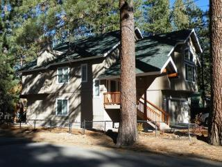 V44- Just across the street from the Lake, great lakes views with private hot tub. New home. - South Lake Tahoe vacation rentals