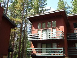 V57-Walk to Heavenly - easy lift access! Great access to hiking and biking in - South Lake Tahoe vacation rentals