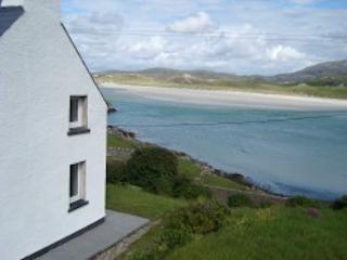 BEACH  HOLIDAY - Carnish Lodge - Carnish vacation rentals