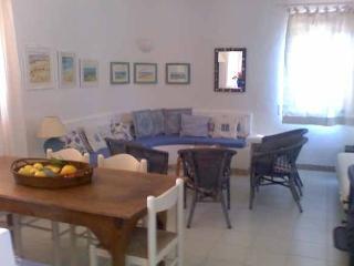 Villa Calipso a pochi passi dallla spiaggia - Conca Verde vacation rentals