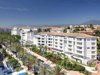 Beautiful Apartment in Heart of  Puerto Banus - Costa del Sol vacation rentals