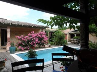 Villa de caractère 'gallo romaine' 5 chambres - Bergerac vacation rentals