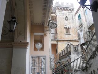studio Brigitte, romantic place in 1721 building - Tropea vacation rentals