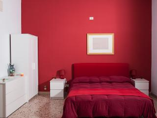 Bright Condo with Parking and Wireless Internet in Palermo - Palermo vacation rentals