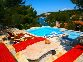 Nice Villa with Internet Access and Dishwasher - Bobovisca vacation rentals