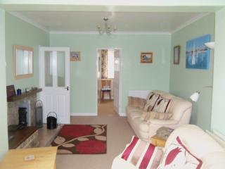 Sunny 3 bedroom Bungalow in Sutton-on-Sea - Sutton-on-Sea vacation rentals