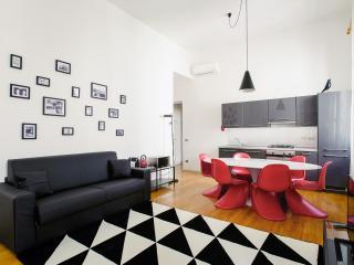 2 bedroom Apartment with Internet Access in Verona - Verona vacation rentals