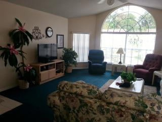Disney Parks 5 miles away WIFI with HD TV phone - Kissimmee vacation rentals