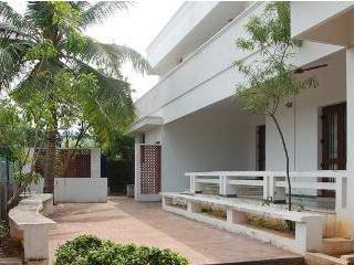 A spacious house with courtyard- Room 3 - Chennai (Madras) vacation rentals