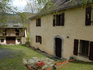 Gite rural 3 épis Les Terres Nères Hautes-Pyrénées - Aucun vacation rentals