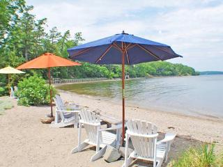 DRIFTWOOD COTTAGE - Town of Stockton Springs - Bangor vacation rentals