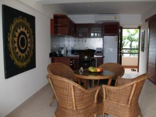 Family room a spacious room with every convenience - Ban Phe vacation rentals