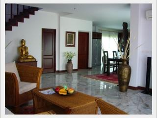 Thai House with private pool - Ban Phe vacation rentals