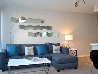 2 bedroom Condo with A/C in Santa Monica - Santa Monica vacation rentals