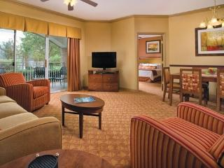 5 minutes from Grand Ole Opry, with indoor pool - Nashville vacation rentals
