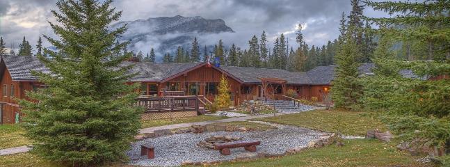 A Quiet Rustic Getaway with Mountain Vistas - Image 1 - Seebe - rentals
