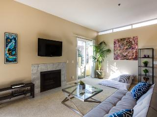 PRIME HOLLYWOOD Designer Luxury! - West Hollywood vacation rentals