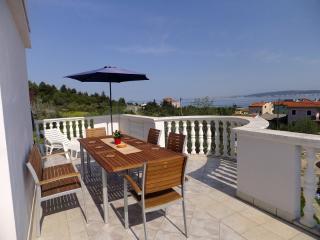 00420DOBR A1(8+1) - Dobropoljana - Island Pasman vacation rentals