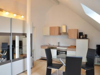 Vacation Apartment in Pforzheim - 366 sqft, newly furnished, comfortable, relaxing (# 7321) - Karlsruhe vacation rentals