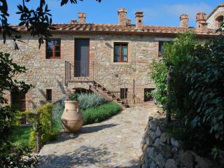 Casa Bartoli at Borgo Mummialla-your Tuscan home ! - San Gimignano vacation rentals