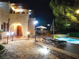 Perfect Villa with Internet Access and A/C - Asteri vacation rentals