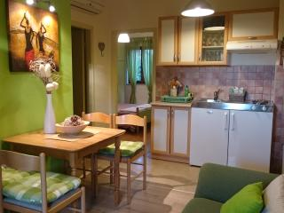 2 bedroom Apartment with Internet Access in Porec - Porec vacation rentals
