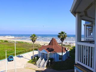 Beautiful condo with immediate beach access and great views! - Bacliff vacation rentals