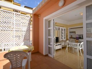 Nice Condo with Satellite Or Cable TV and Towels Provided - Adeje vacation rentals