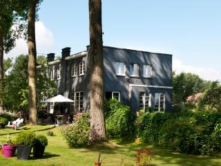 Canalhouse - West Flanders vacation rentals
